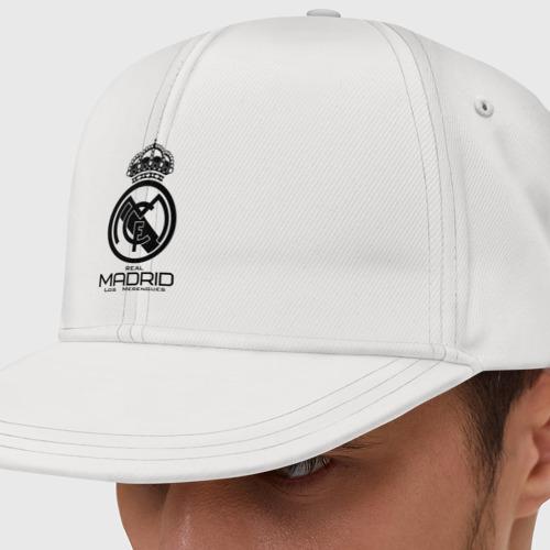 Кепка снепбек с прямым козырьком Real Madrid