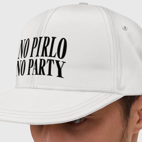 Кепка снепбек с прямым козырьком No Pirlo,no party
